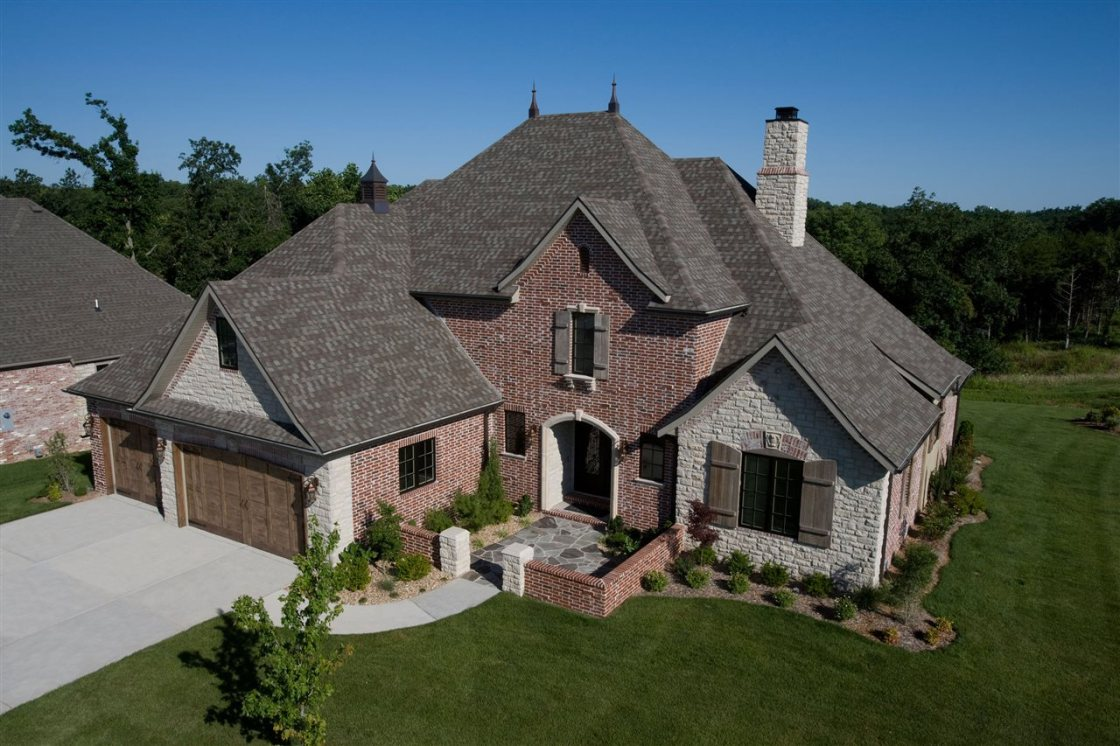 Roof tips before buying a home