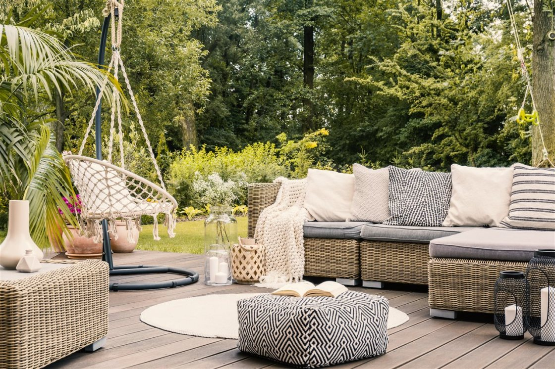 How to enjoy outdoor space